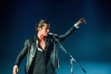 Man Bites Stranger During Arctic Monkeys' Lollapalooza Set