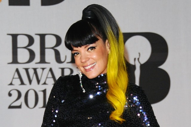 Lily Allen, hospital, projectile vomiting, food poisoning, 'Sheezus'
