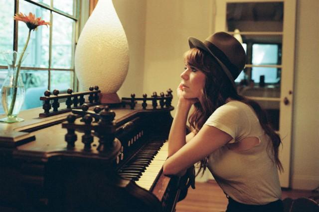 Jenny Lewis 'Voyager' New Album Warner