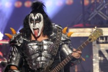 KISS 2014 Tour Cruise Melvins King Buzzo Fans White Lung Mish Way