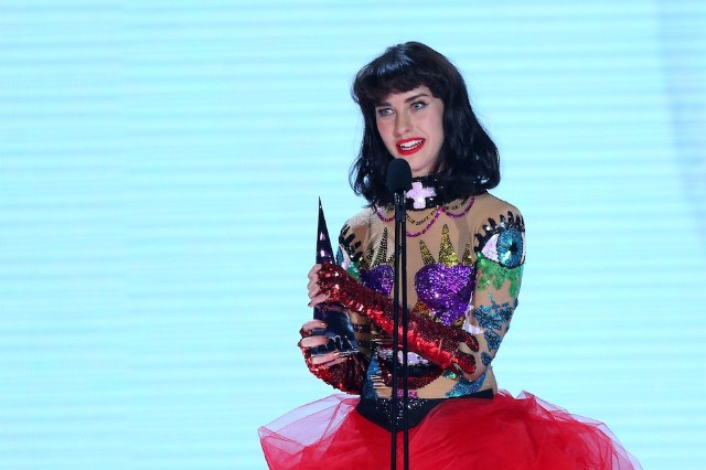 Stream Kimbra 'Miracle' the Golden Echo