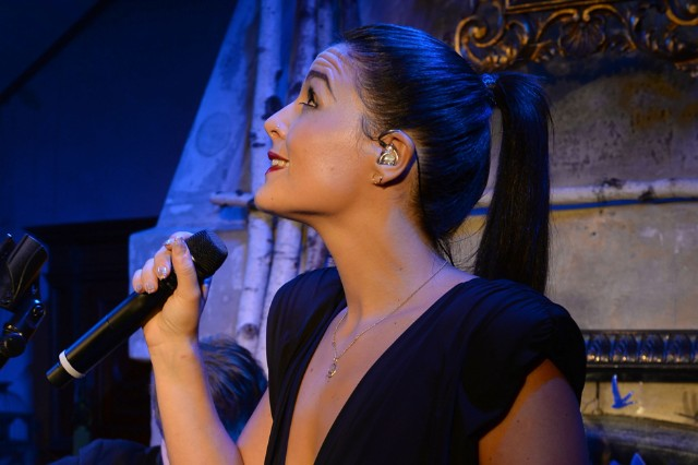 Jessie Ware share it all stream