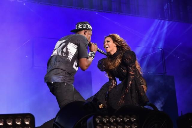 Jay Z Beyonce Finger Bite Twitter Storm