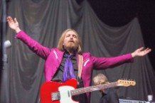 Tom Petty Heartbreakers Number One Album Chart Topping First