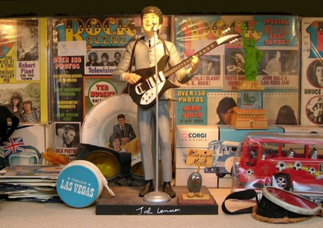 Some of Mick Jones' rock stuff/Photo via Subway Gallery