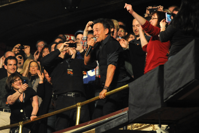 Springsteen in the Apollo balcony