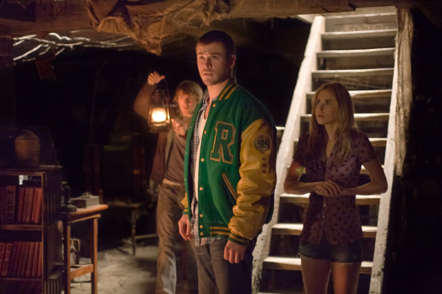 Fran Kranz, Chris Hemsworth, Anna Hutchison (left to right)