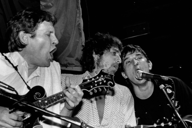 Levon Helm, Bob Dylan, Rick Danko performing live onstage at Lone Star Cafe / Photo by Elliott Landy/Redferns