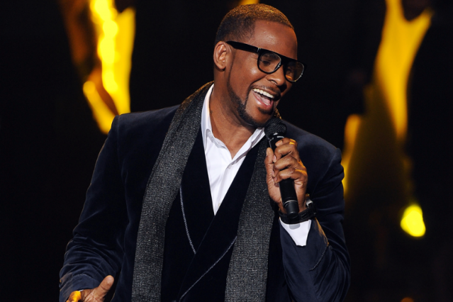 R. Kelly / Photo by Ray Mickshaw/FOX via Getty
