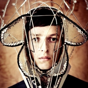 Totally Enormous Extinct Dinosaurs, 'Trouble' (Polydor)