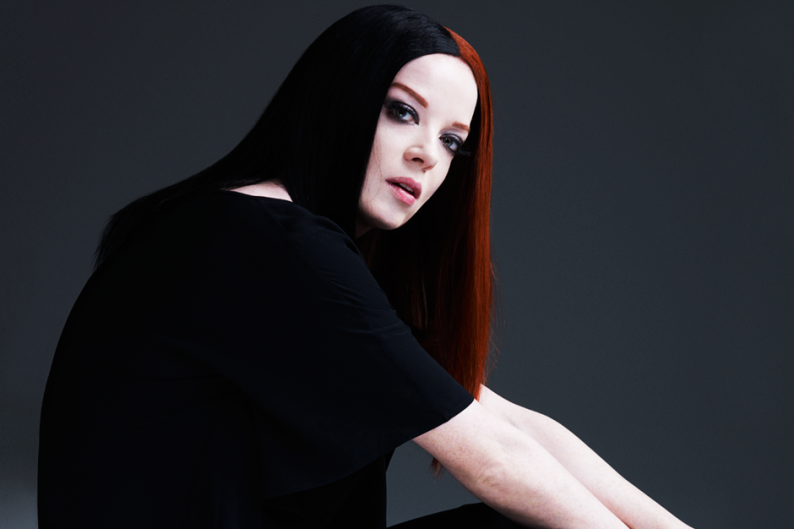 shirley manson smoke