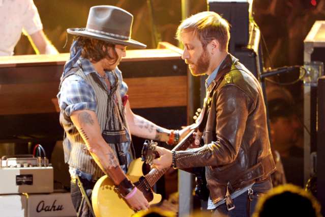 Johnny Depp and Dan Auerbach / Photo by Kevin Winter/Getty