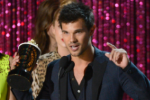 Taylor Lautner / Photo by Kevork Djansezian/WireImage
