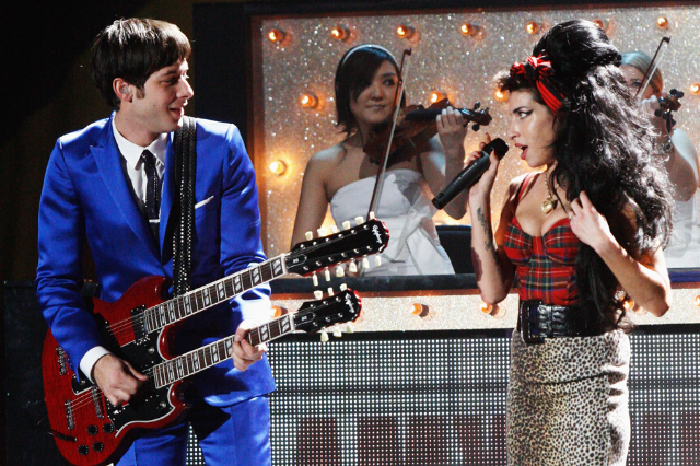 Amy Winehouse & Mark Ronson / Photo by Getty Images