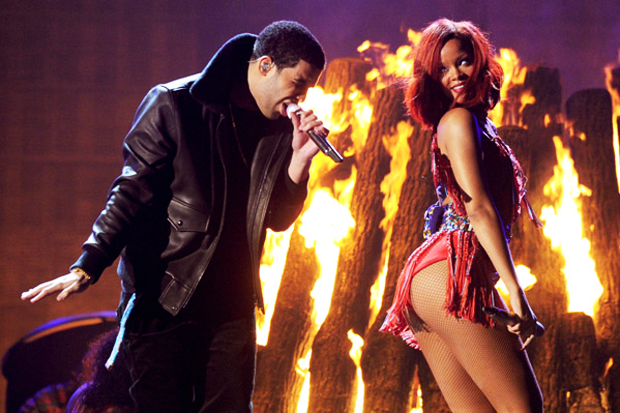 Drake and Rihanna perform at the 2011 Grammys / Photo by Getty Images