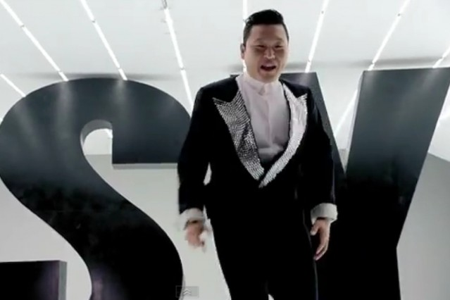 Gangnam Style' PSY Signs With Bieber's Dream Team   SPIN