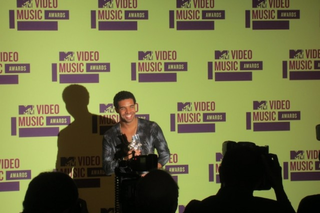 Drake in the press room / Photo by Chris Martins