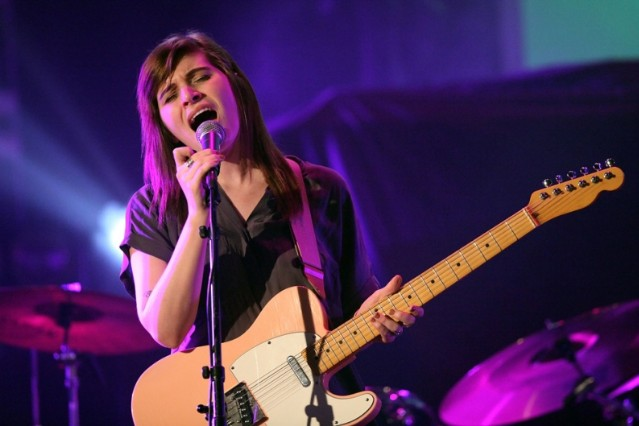 "Best Coast covers Nirvana ""About a Girl"""