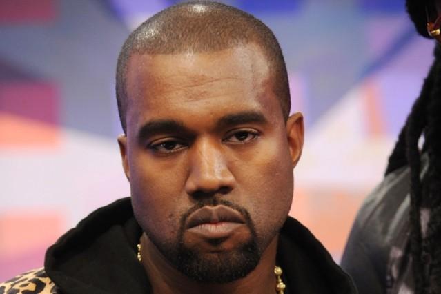 Kanye West deletes twitter