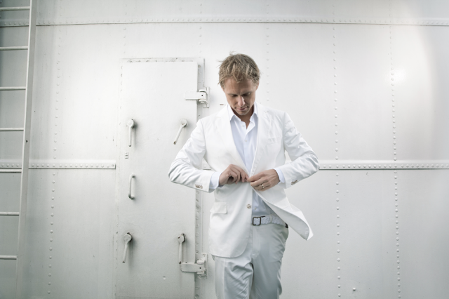 Armin van Buuren has the Top 100 DJs poll all buttoned up (photo: Krijn van Noordwijk)