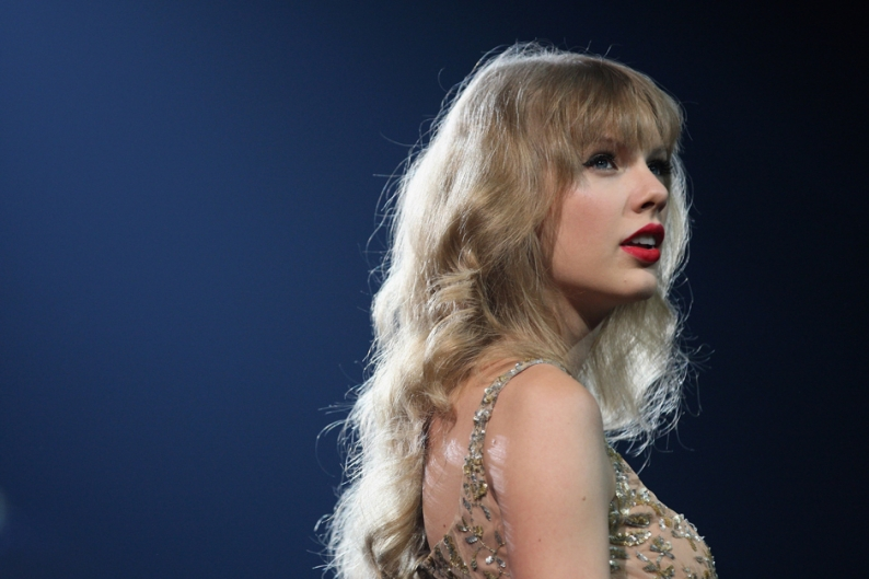 Taylor Swift Million Red Decade Record