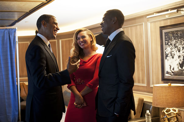 Jay-Z and Beyoncé with Barack Obama / Photo by @BarackObama
