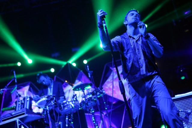 Yeasayer Liars Fleetwood Mac Cover Rumours