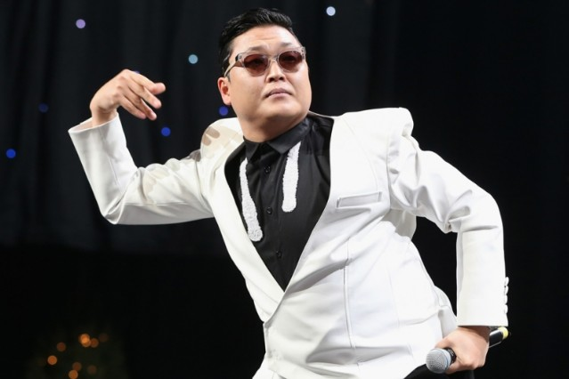 PSY Apologizes for 'Anti-American' Activities