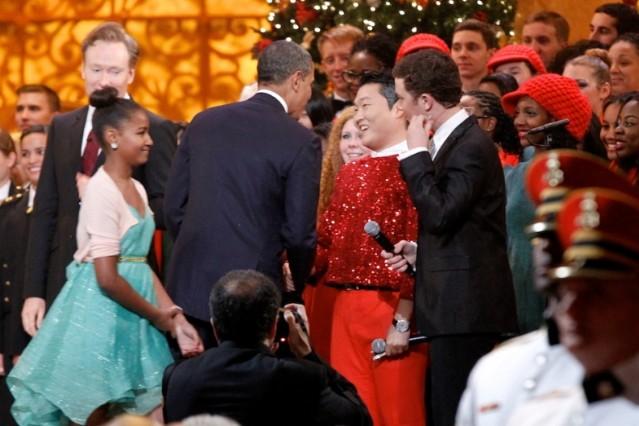 PSY meets Barack Obama