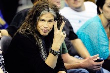 American Idol Steven Tyler Motley Crue Pick Sides In Escalating Legal Drama Kovac LaPolt