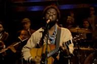 Watch Michael Kiwanuka Tell a Tender-Hearted Tale on 'Fallon'