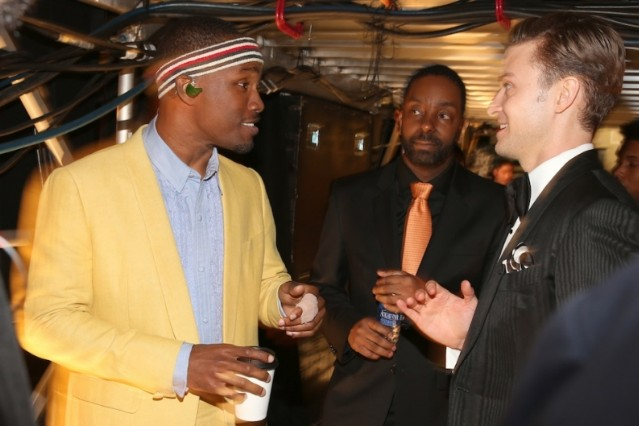 Frank Ocean convenes with Justin Timberlake backstage / Photo by Getty Images