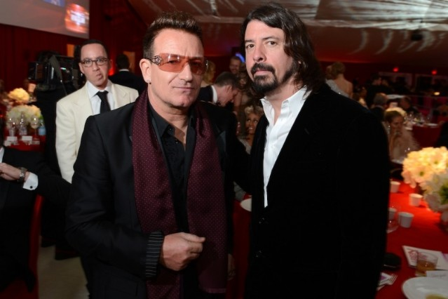 Dave Grohl, Bono