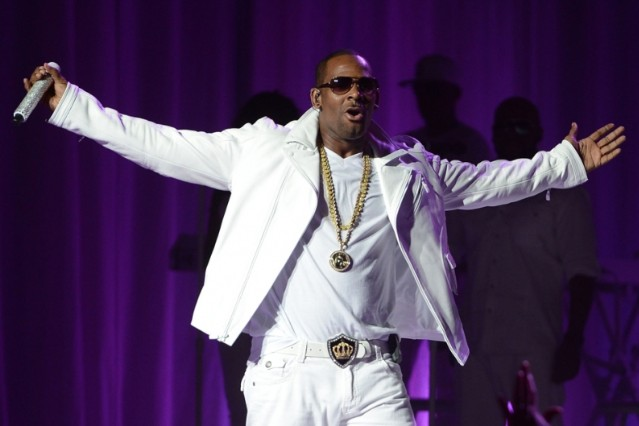 R. Kelly 'Ignition (Remix)' National Anthem Petition White House