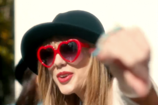 "Taylor Swift, ""22,"" video"