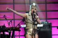 Hear Little Boots' Looping 'Broken Record'
