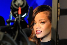 Rihanna Recruits Rick Ross, Jeezy, T.I. and Juicy J for 'Pour It Up' Remix