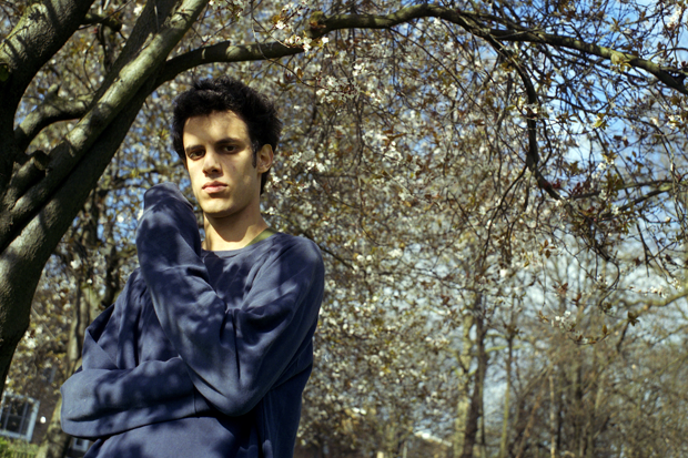 Four Tet's Kieran Hebden in Camden Square, London, March 13, 2003 / Photo by Jim Dyson / Getty Images