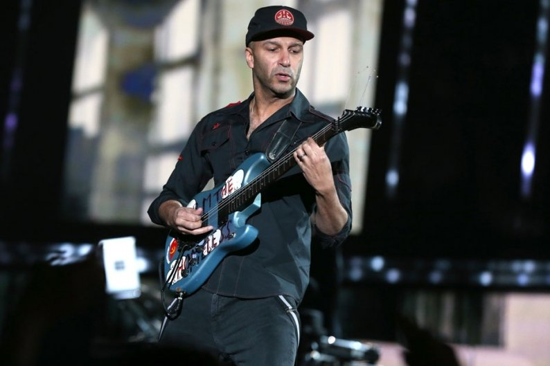 Tom Morello Liberates Four 'Union Town' Songs for May Day   SPIN