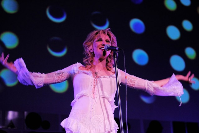 courtney love, tour