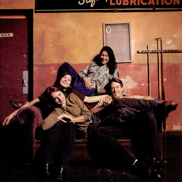 The Breeders / Photo by Danny Clinch