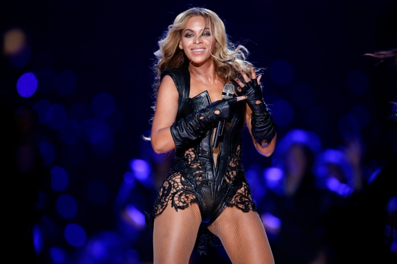 Journalists Mad That Beyonce Hates the First Amendment