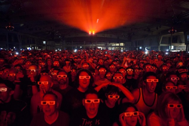 Watching Kraftwerk in 3D at Sonar