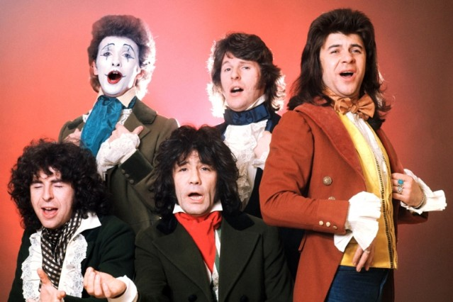 Sensational Alex Harvey Band in London, 1975 / Photo by Michael Putland/Getty
