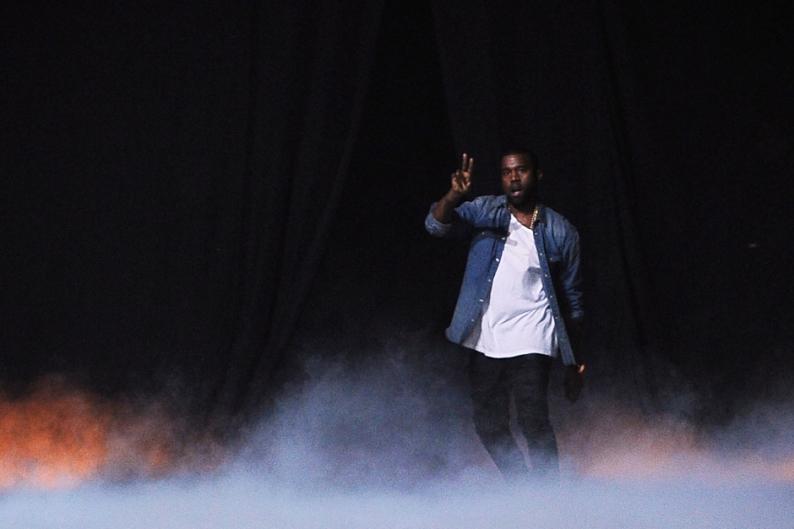 Kanye West Yeezus Robin Thicke Blurred Lines Billboard Chart