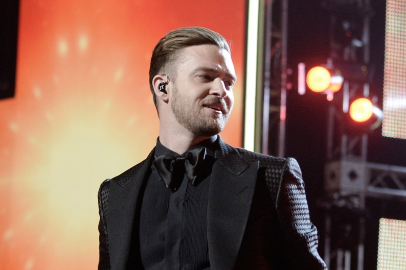 Halfway Through 2013, Justin Timberlake and Macklemore Are Outselling Everybody