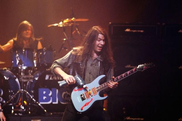 No Alternative: 40 Hard-Rock Songs That Nirvana Couldn't Kill