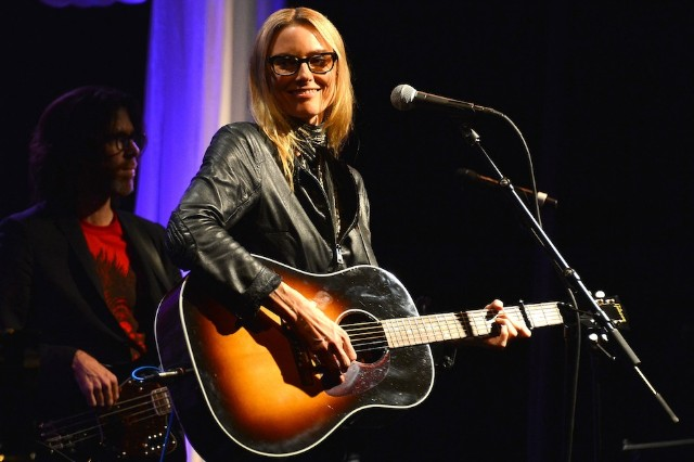 Aimee Mann, lawsuit