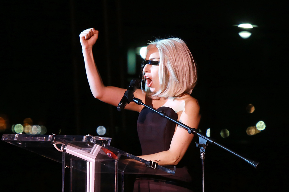 Lady Gaga MTV VMA Performance Awards