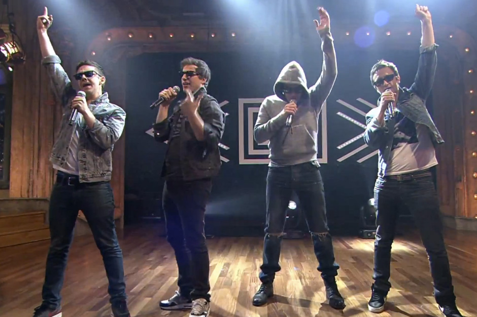 The lonely island storm late night with help from fallon for Jimmy fallon miley cyrus islands in the stream